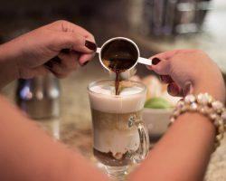 Kaffedrink i glas